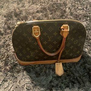 LV used handbag